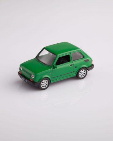 MG 1499 370x462 - Fiat 126 - różne kolory