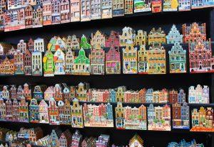 dlaczego magnesy to popularne pamiatki z wakacji 300x207 - Blog